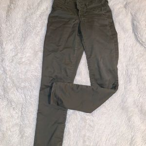 Green High-waisted skinny pants